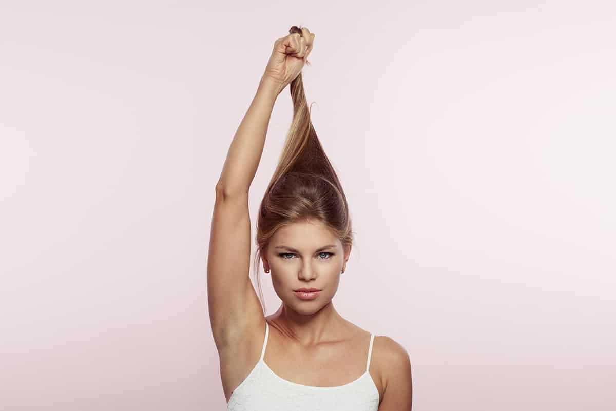 Must-Read Tips for Healthy Hair from a Toronto Hair Transplant Clinic